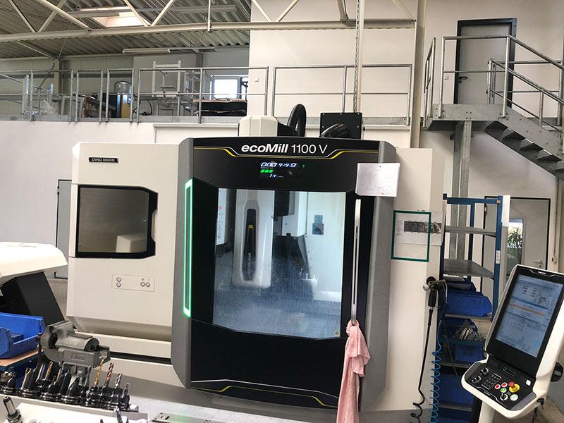 DMG ecoMill 1100V 3-Achsiges Bearbeitungszentrum